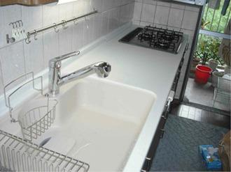 キッチンのカウンター(天板)だけを交換して使いやすいキッチンに使えるものは再利用して大切に使いましょう!