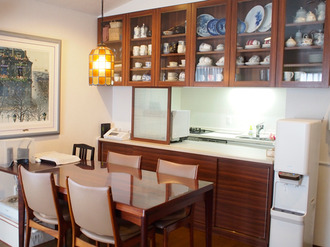 お片付けつき「らくらくキッチンリフォーム」で、 いつでもきれいが保てるキッチンに