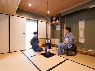 「炉」のある素敵な茶室に生まれ変わりました。