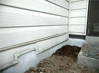 最新式の耐震補強の工事を優先的に行なう住みながらの施工を提案しました。